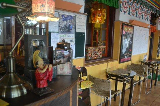 Doma's Inn: Reception