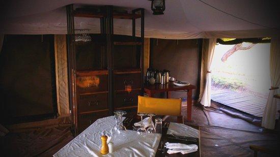 Serengeti Pioneer Camp: armário