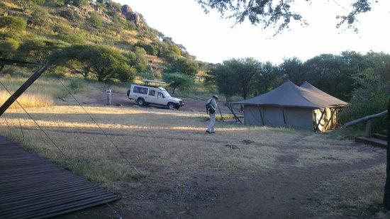 Serengeti Pioneer Camp: recepção - carregamento baterias