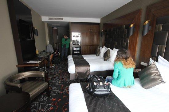 Hotel Golden Tulip Amsterdam West : Трехместный стандарт