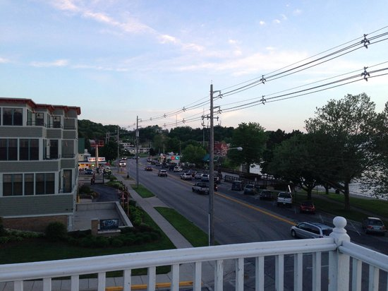 The Harbor House Inn: View from upper porch2