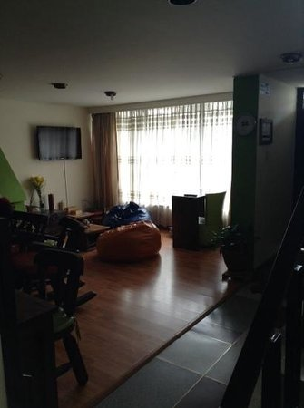 Los Andes Hostel: breakout room