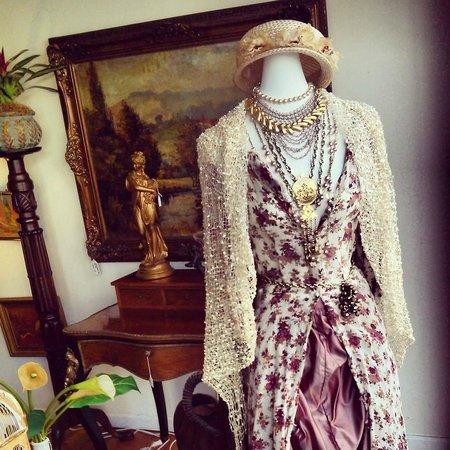 Beau Monde Boutique: Vintage Clothing