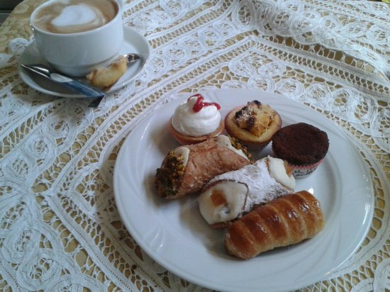 Pasticceria Castelnuovo : все очень вкусно