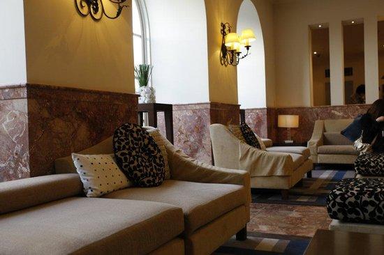 Namba Oriental Hotel: hotel lobby