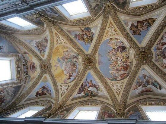 Certosa e Museo di San Martino Napoli: plafond chapelle