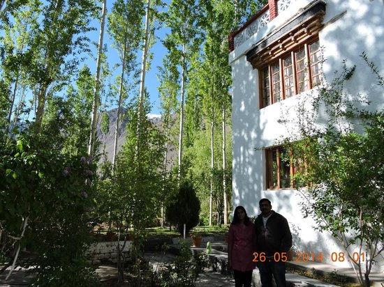 Hotel Samdupling Alchi: Greenery around the hotel