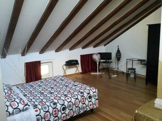 camera con bagno privato - Foto di Bed and Breakfast Eden, Trento ...