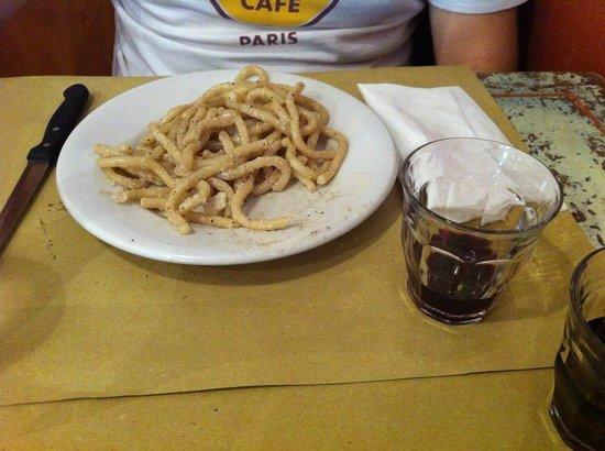 Photo of Italian Restaurant Il Chicco di Caffe at Via Della Chiesa 16r, Florence 50125, Italy