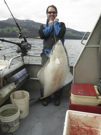 Big Timber Lodge : 77 pound halibut
