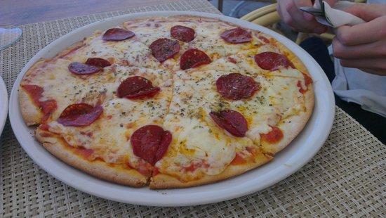 Pipper's Restaurant & Sushi Bar: Pizza