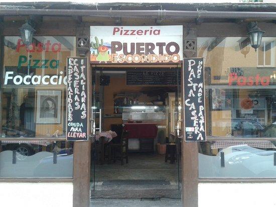 Puerto Escondido : entrance