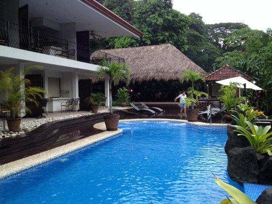 Hotel Pumilio : Swimming pool
