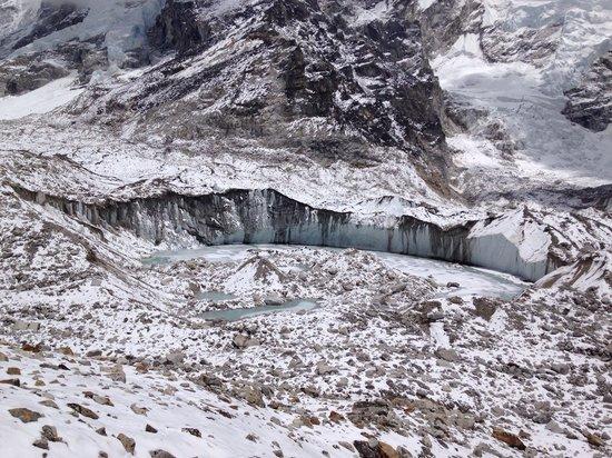 Mt. Everest Base Camp : Khumbu Glacier on way to EBC