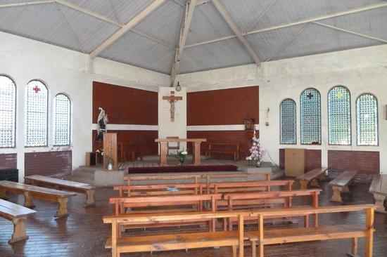 Isla Robinson Crusoe, Chile: Das Innere der Kirche