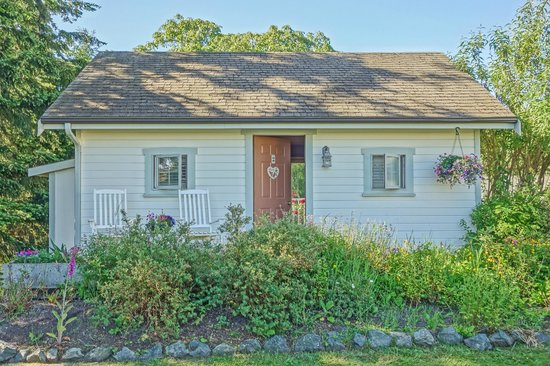 beachcomber cottage picture of garden isle guest cottages rh en tripadvisor com hk Garden Isle of Capri Italy garden isle guest cottages whidbey