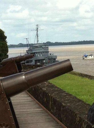 Corvette Museum Solimões : Visão do Forte.