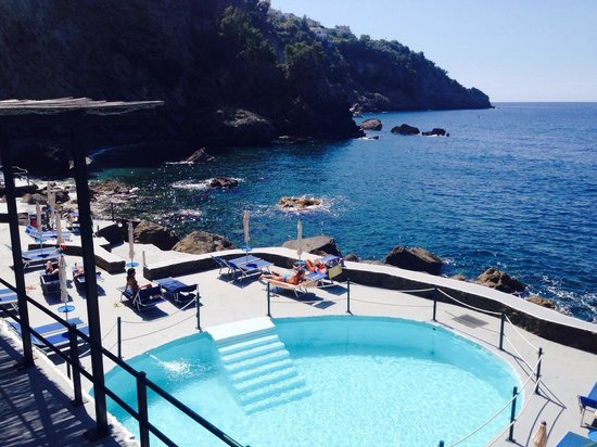 Grand Hotel Tritone : The private beach