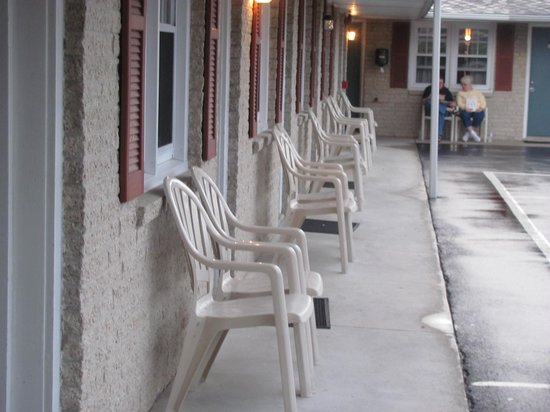 Travelers Rest Motel: a place to lounge and relax