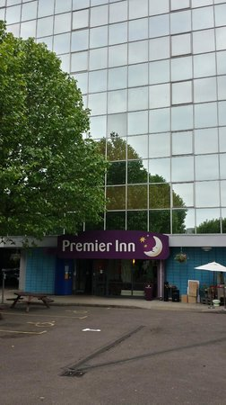 Premier Inn London Wembley Park Hotel : The Frontage