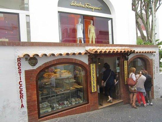 Buonocore Gelateria: façade gelateria