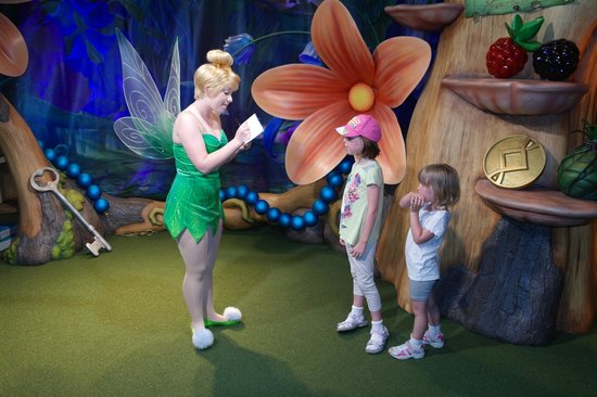 Magic Kingdom : A chat with Tinkerbell