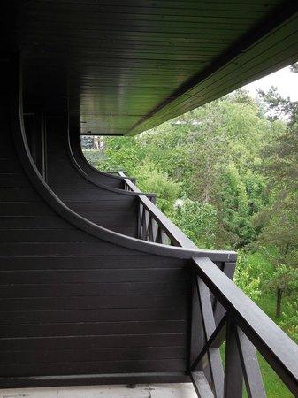 Koru Hotel: room balconies