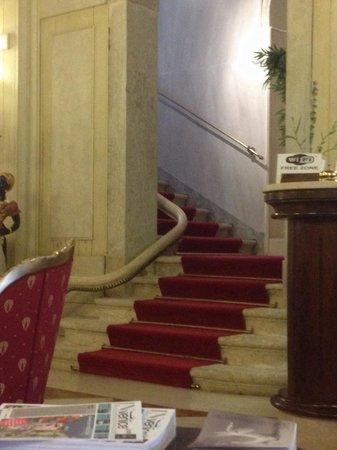 Hotel Ca' Vendramin di Santa Fosca : stairs, original build