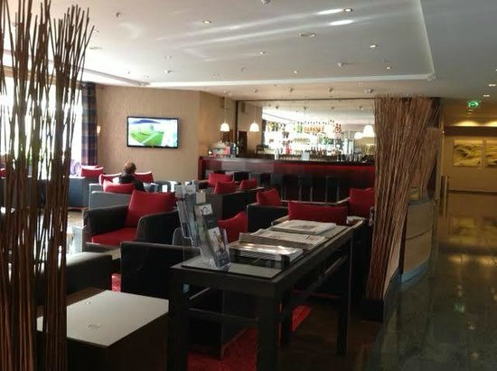 Hilton Bonn Hotel : Bar area
