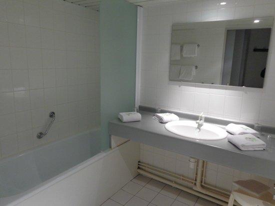Hotel Paradis : la salle de bains
