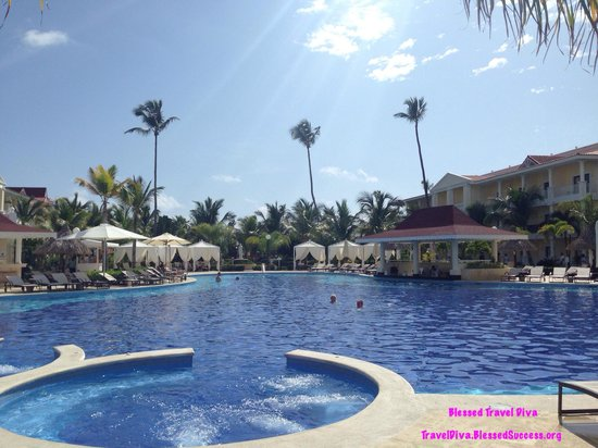 Luxury Bahia Principe Esmeralda Don Pablo Collection: Loved swimming in the pools! The pool temperature is perfect!