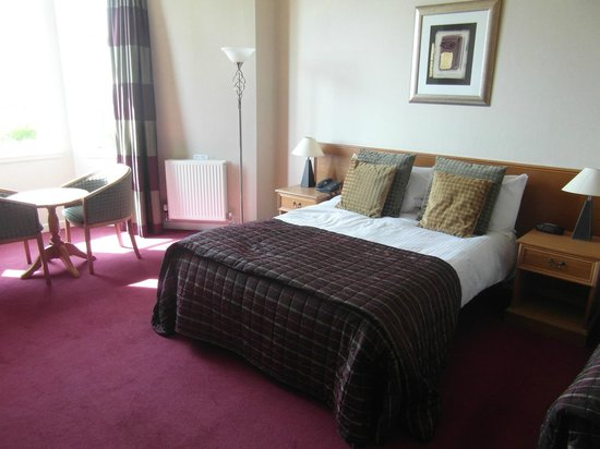 Parkstone: Our lovely room