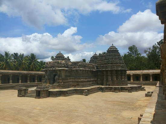 Somnathpur Temple: Somanathapura temple-Side view