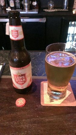 Gino's East South Loop: A fine beer choice while visiting from Texas!
