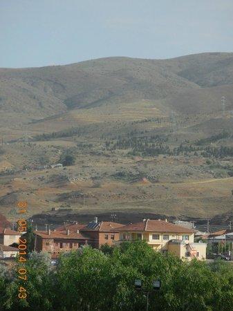 Avrasya Hotel: view of the hills