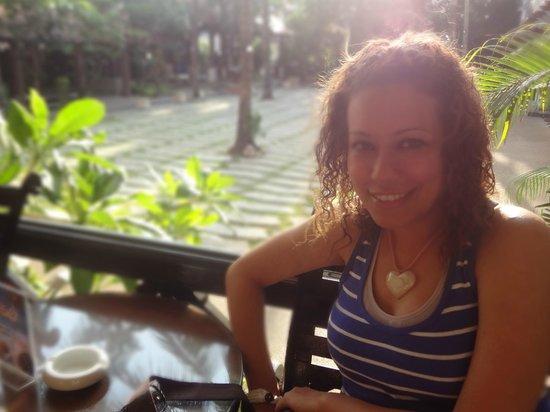 Patong Beach Hotel: garden from lobbt