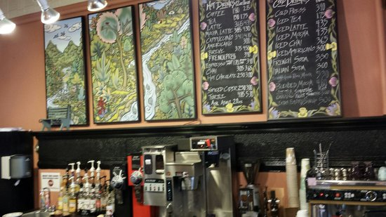 Red Wing Confectionery: Good coffee too