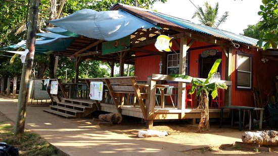 Tranquilo Cafe: An island oasis.