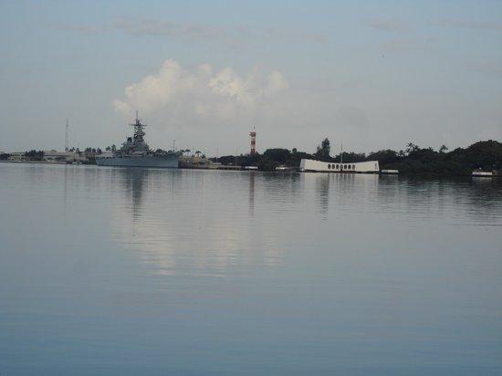 USS Arizona Memorial/World War II Valor in the Pacific National Monument: USS Arizona and USS Missouri