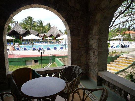 Hotel Club Kawama: Shared Terrace