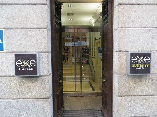 Hotel Exe Suites 33: Ingresso Hotel