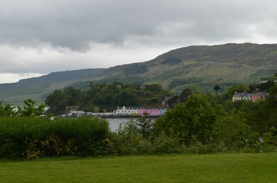 Cuillin Hills Hotel : View of Harbour