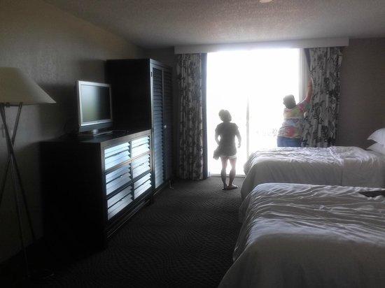 Sheraton Suites Cypress Creek Ft. Lauderdale: room