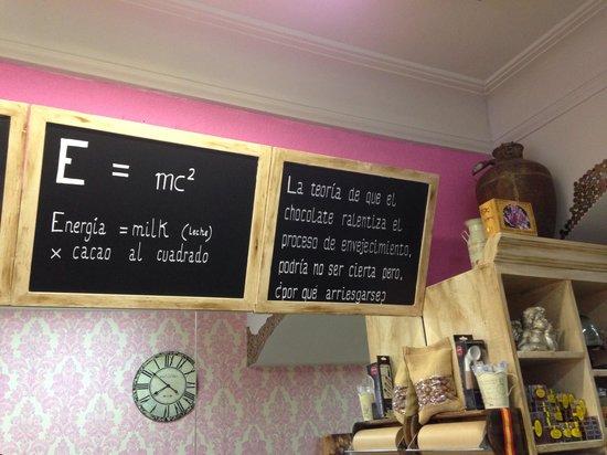 Jacinta & María Chocolates: Es una tienda de chuches y helados