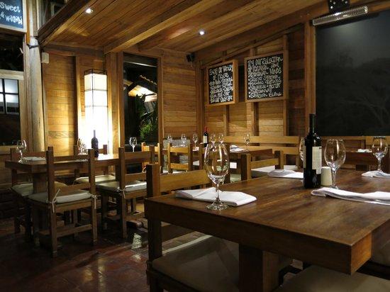 Rupa Wasi Lodge: Restaurant