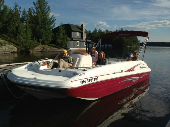 Pier 100 Cottage Resort: 19' Hurricane Deckboat for rent