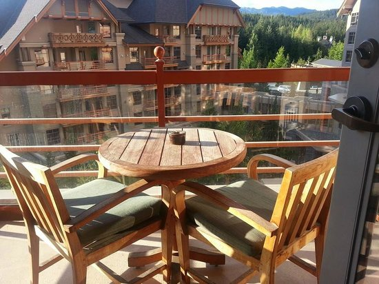 Four Seasons Resort and Residences Whistler: Our patio