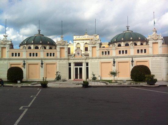 Hotel Squarciarelli : Theater in Fiuggi
