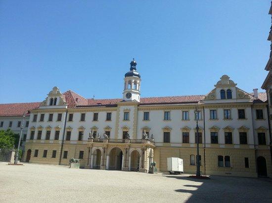 Schloss Thurn und Taxis: Внутренний двор