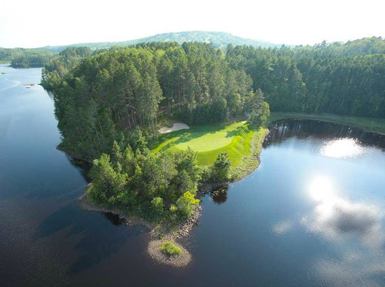 Biwabik, MN: Aerial of Legend golf course